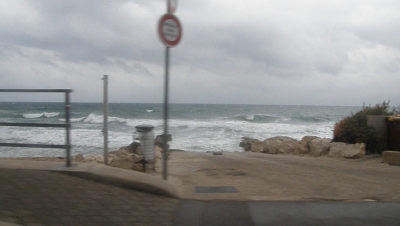 Surf report Sausset les Pins - Plage du Port - France (13) 2009-11-22 08:00:00