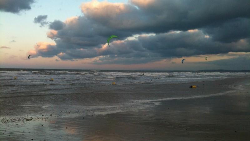 Surf report Langrune-sur-Mer - France (14) 2009-12-12 16:43:00