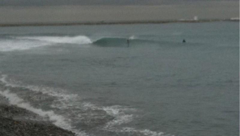 Surf report Saint-Laurent-du-Var - Plage Cousteau - France (06) 2009-12-22 13:00:00