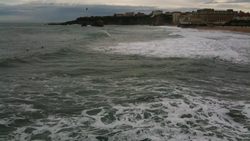 Surf report Biarritz - Grande Plage - France (64) 2009-12-28 11:00:00