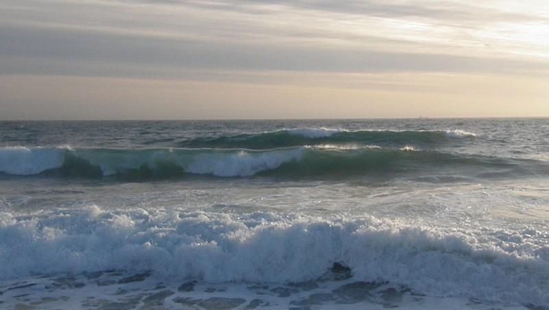Surf report Sausset les Pins - Plage du Port - France (13) 2009-12-30 16:15:00