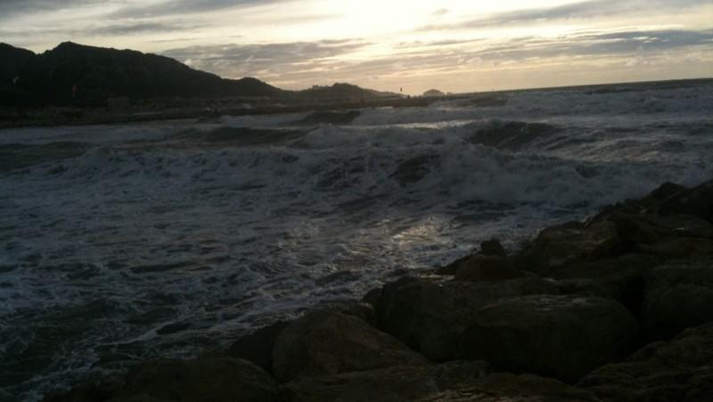 Surf report Le Prado - France (13) 2009-01-01 16:47:00