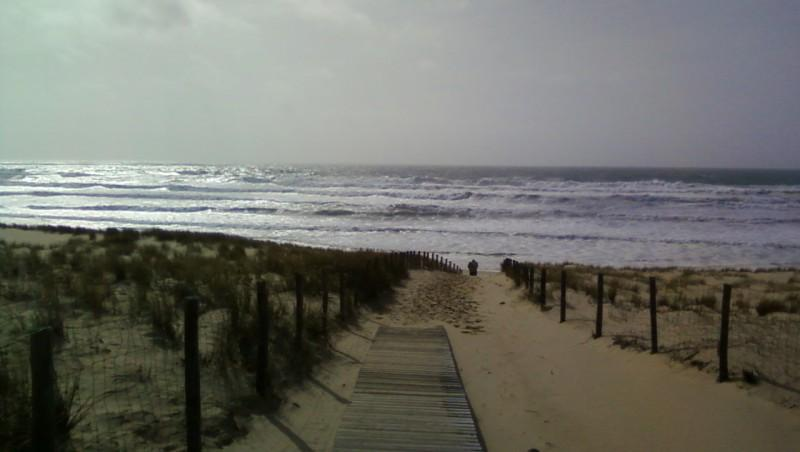 Wind report Le Grand Crohot - France (33) 2010-03-27 16:00:00