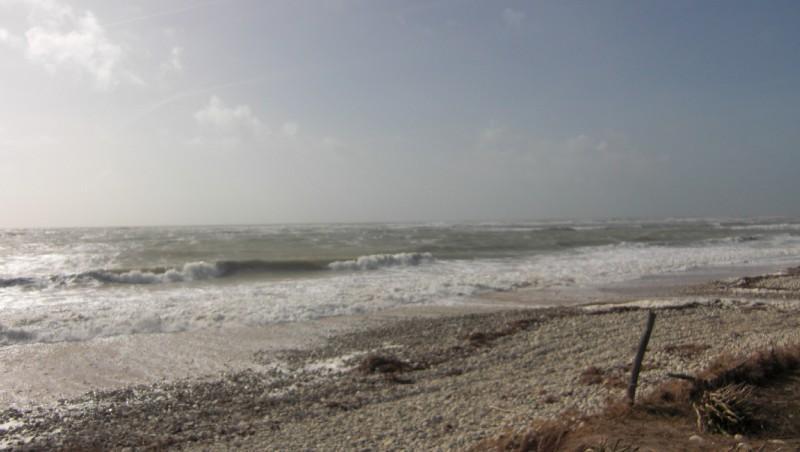 Wind report Les Huttes - Trois Pierres - France (17) 2010-03-27 10:00:00