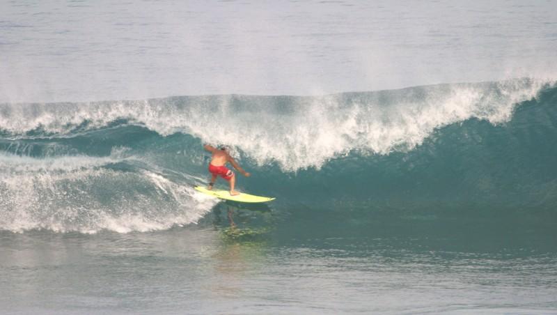 Surf report Uluwatu - Indonésie (ID) 2010-03-06 10:00:00