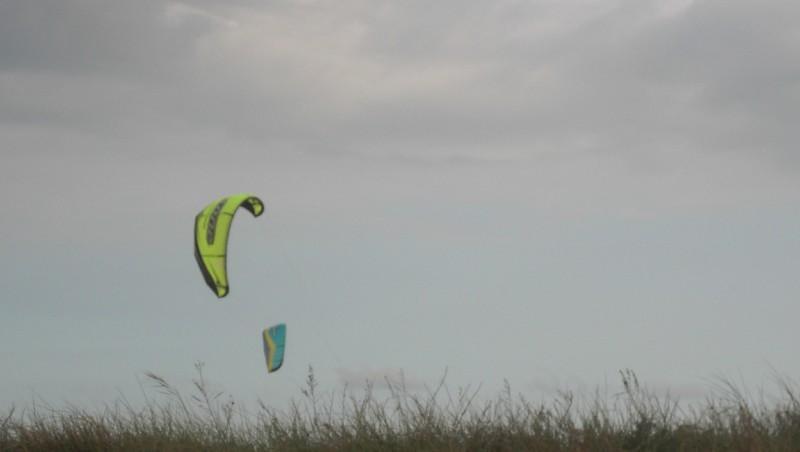 Wind report Les Huttes - Trois Pierres - France (17) 2010-05-01 16:00:00