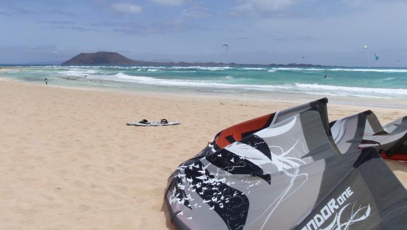 Wind report Flag Beach - Fuerteventura - Espagne (ES) 2010-05-02 11:00:00