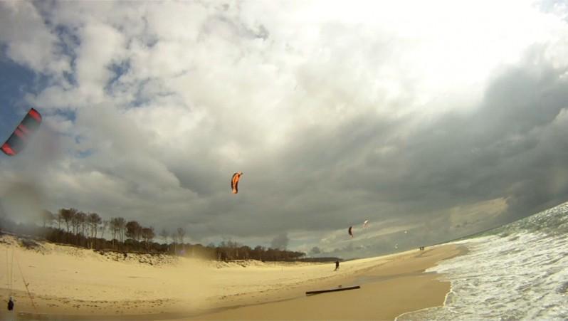 Wind report La Lagune - France (33) 2010-05-11 15:00:00