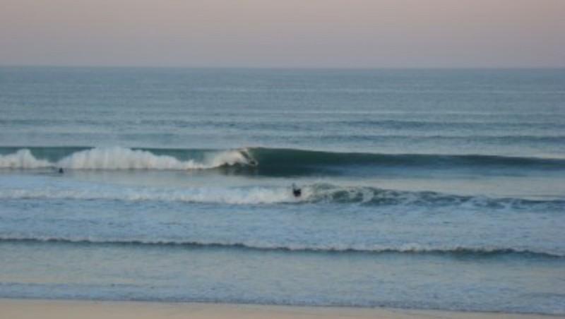 Surf report Lacanau Océan - La Nord - France (33) 2010-06-24 06:00:00