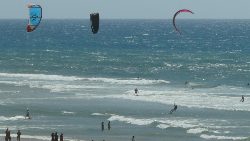 Wind report Mimizan - Plage Garluche - France (40) 2010-07-18 17:00:00