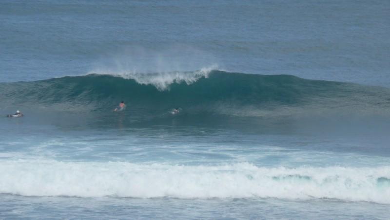 Surf report Uluwatu - Indonésie (ID) 2010-08-03 07:00:00