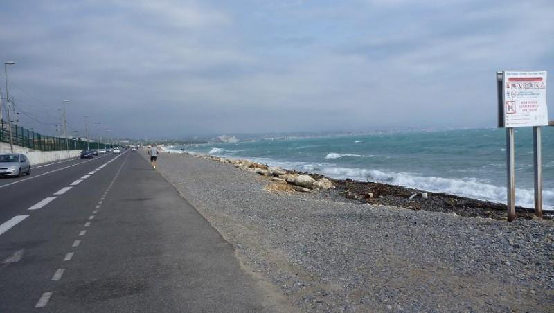 Surf report Antibes - Fort Carré  - France (06) 2010-10-09 11:00:00