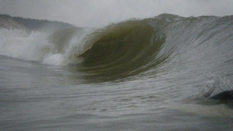 Surf report Soulac - L'Amélie - France (33) 2010-10-10 09:00:00