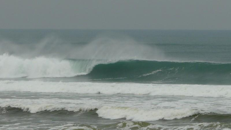 Surf report Mimizan - Plage Garluche - France (40) 2010-01-23 11:00:00