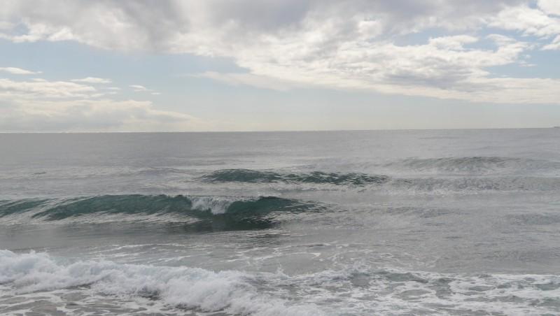 Surf report Sausset les Pins - Plage du Port - France (13) 2010-03-30 12:30:00