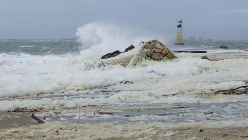 Surf report Pointe de Grave - France (33) 2010-03-30 18:00:00
