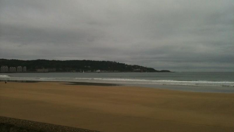 Surf report Hendaye - France (64) 2010-06-12 13:46:00