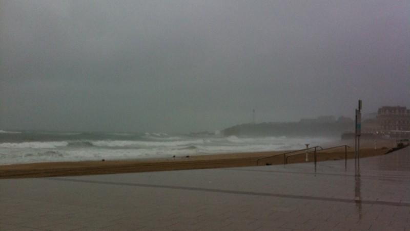 Surf report Biarritz - Grande Plage - France (64) 2010-06-17 07:45:00