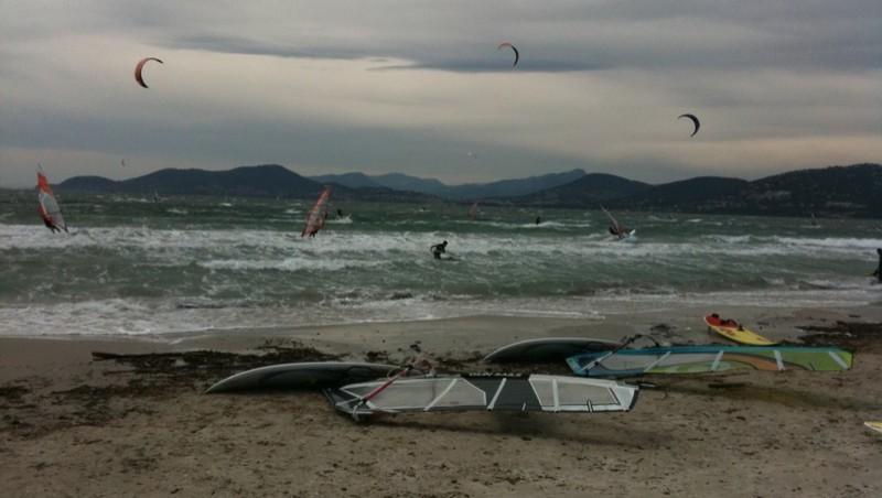 Surf report La Madrague - France (83) 2010-06-19 16:16:00