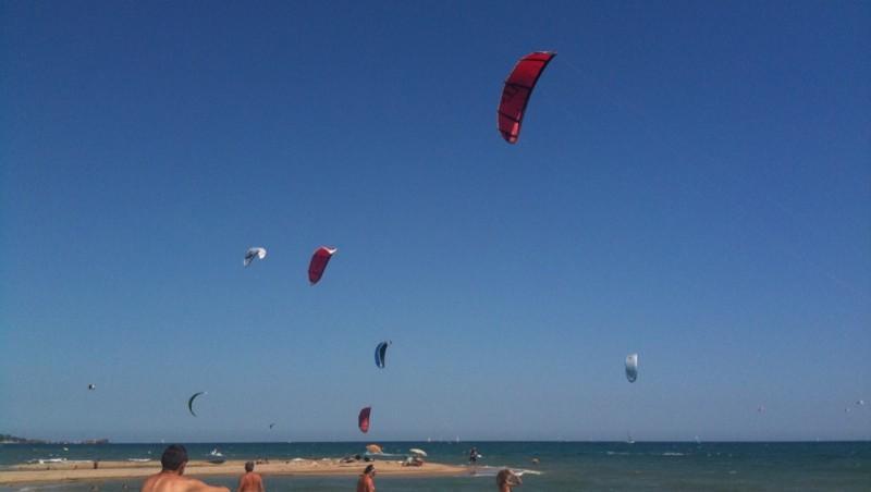 Surf report Saint-Aygulf - Zone Kite - France (83) 2010-07-22 15:33:00
