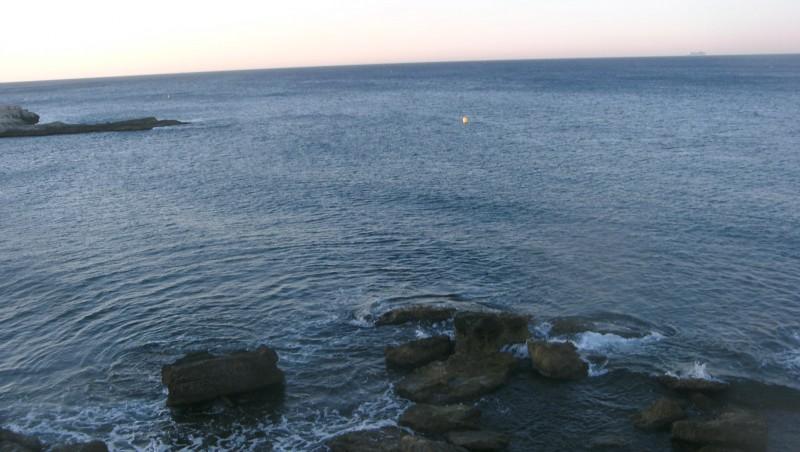 Surf report L'Arquet - France (13) 2010-07-24 06:55:00