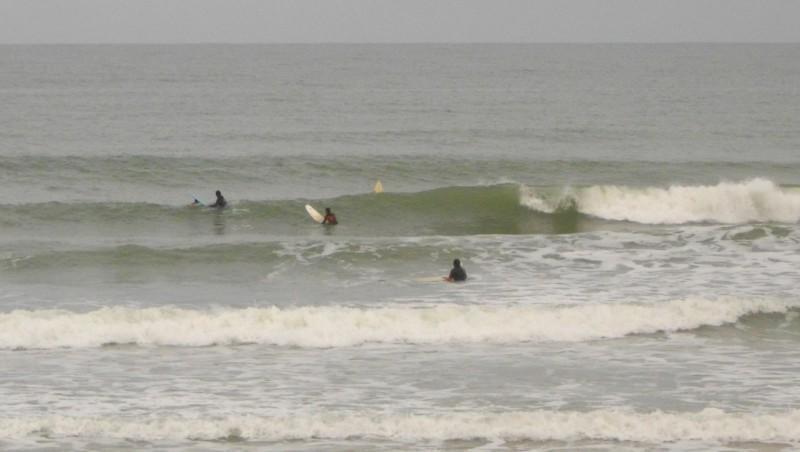 Surf report Le Trillou - France (17) 2010-08-12 09:00:00