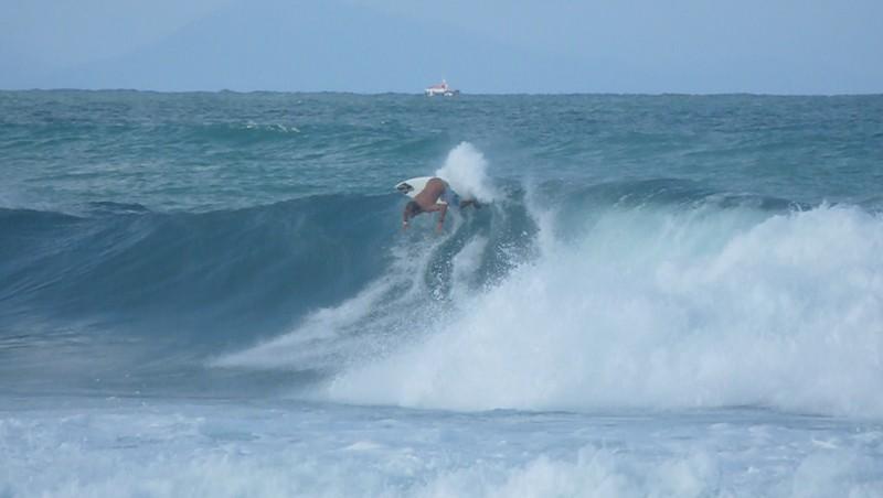 Surf report Hossegor - Les Culs Nus - France (40) 2010-08-28 09:00:00
