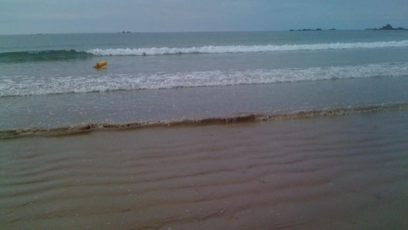 Surf report Saint-Malo - Plage Rochebonne - France (35) 2010-09-28 19:00:00