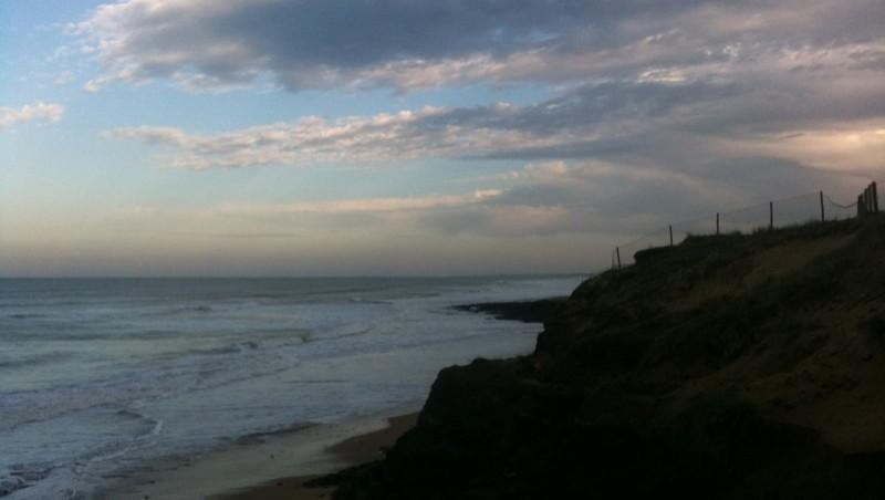 Surf report Sauveterre - France (85) 2010-10-11 09:00:00