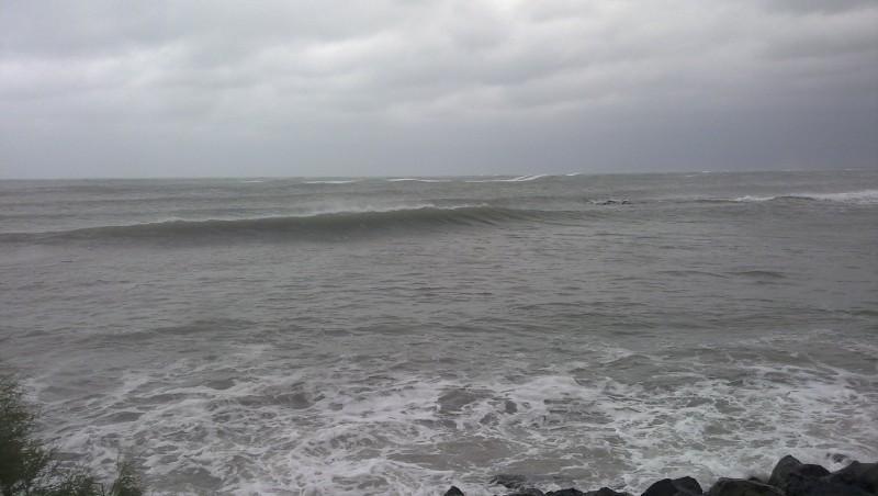 Surf report Cap-d'Agde - Plage Richelieu - France (34) 2010-10-11 11:00:00
