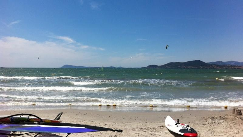 Surf report L'Almanarre - France (83) 2011-07-24 14:00:00