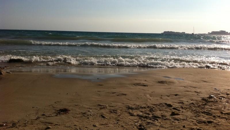Surf report Plage du Lido - France (83) 2011-07-28 18:37:00