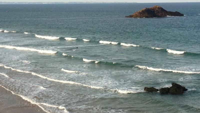 Surf report Quiberon - Port Bara - France (56) 2011-08-11 08:35:00