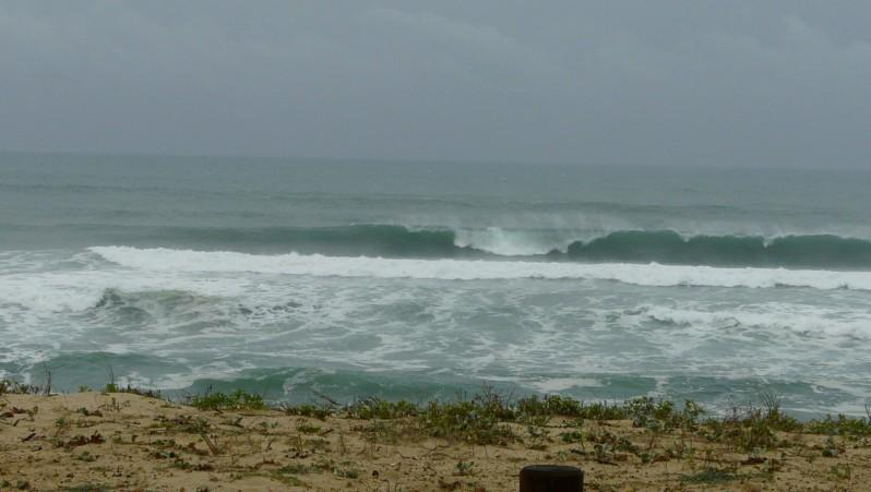 Surf report Mimizan - Plage Garluche - France (40) 2011-11-05 11:00:00