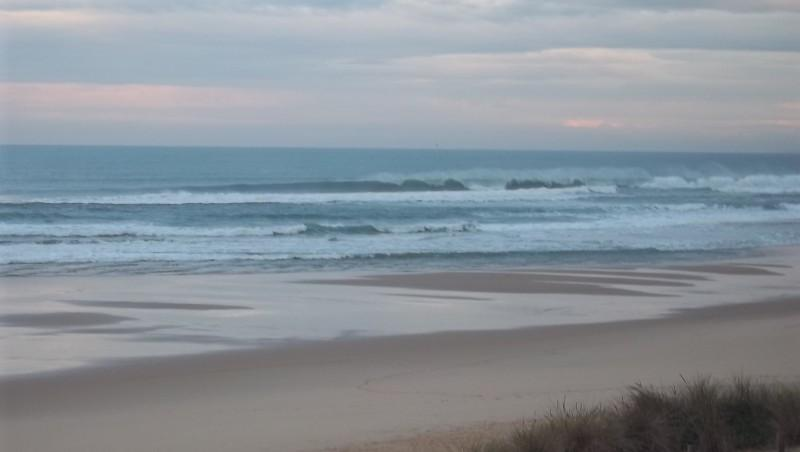Surf report Lacanau Océan - La Nord - France (33) 2011-11-10 09:15:00