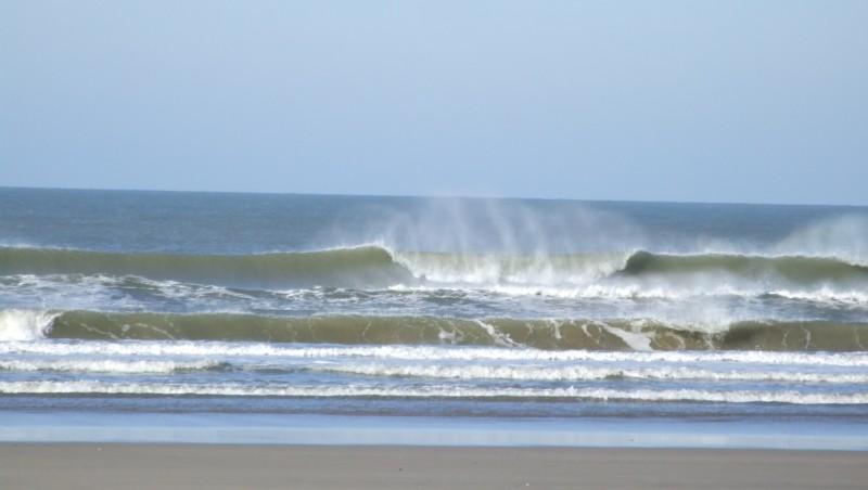 Surf report Montalivet - France (33) 2011-11-14 11:00:00