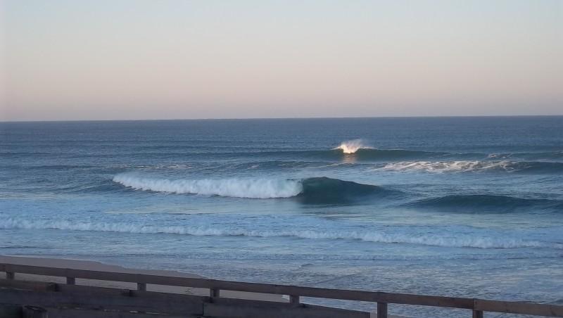 Surf report Lacanau Océan - La Nord - France (33) 2011-11-18 05:00:00