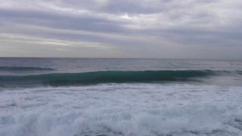 Surf report Sausset les Pins - Plage du Port - France (13) 2011-11-22 09:15:00