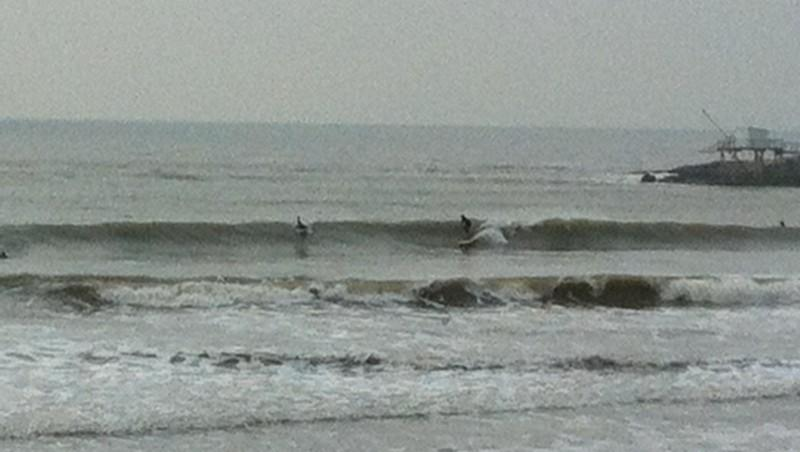 Surf report Royan - Pontaillac - France (17) 2011-11-23 13:00:00