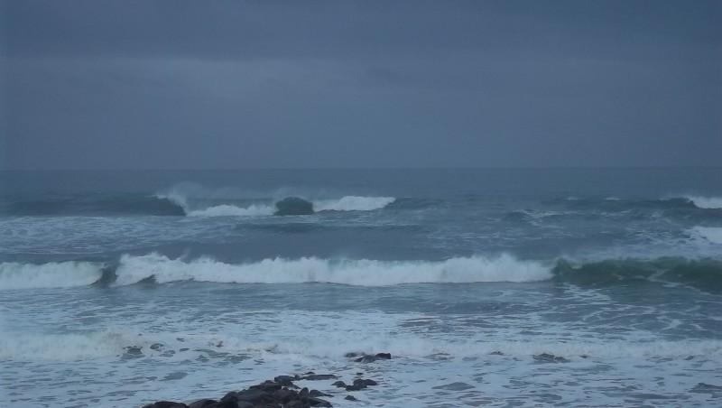 Surf report Lacanau Océan - La Nord - France (33) 2011-12-02 09:25:00