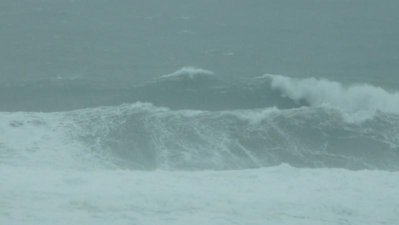 Surf report Contis Plage - France (40) 2011-12-16 13:00:00