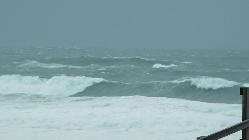Surf report Contis Plage - France (40) 2011-12-16 16:00:00