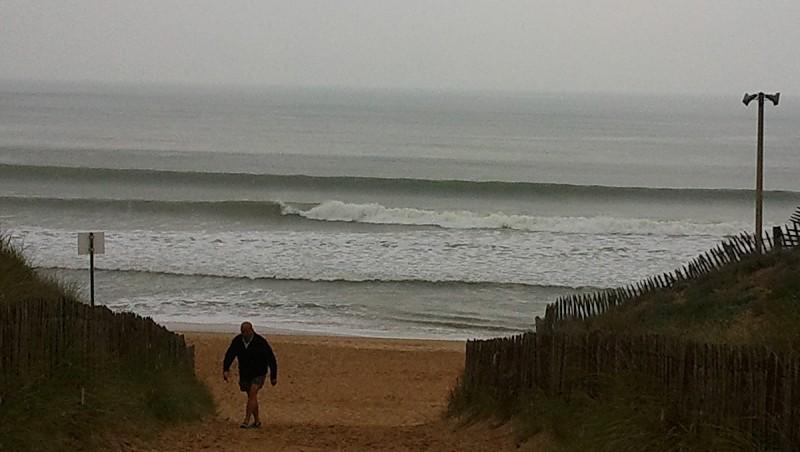 Surf report La Térrière - France (85) 2011-04-24 09:00:00