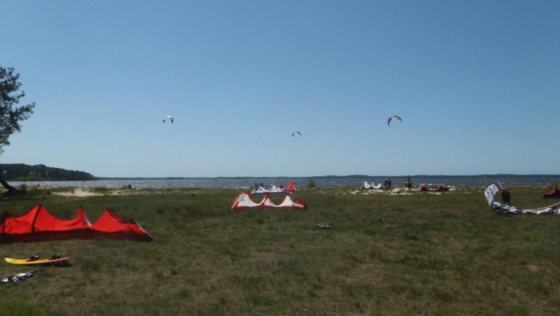 Wind report Lacanau Lac - France (33) 2011-05-08 13:00:00