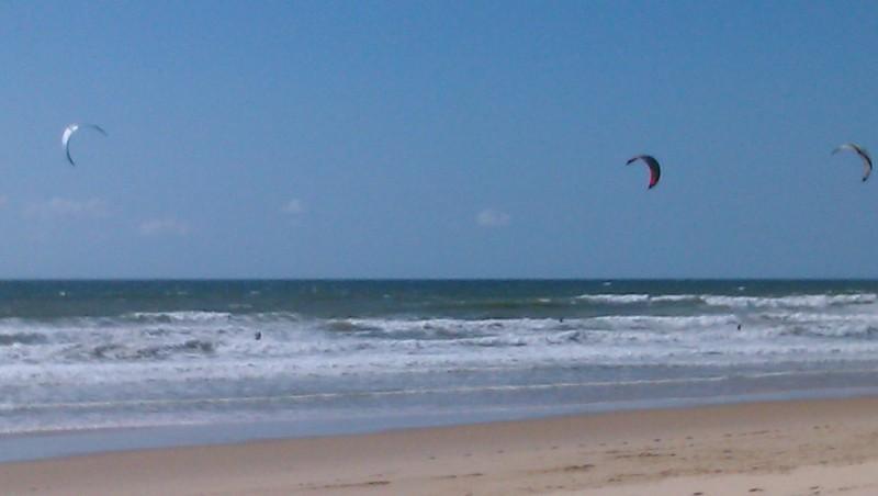 Wind report Lacanau Océan - La Sud - France (33) 2011-05-14 15:00:00