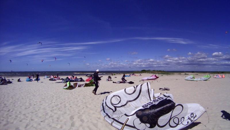 Wind report La Hume - France (33) 2011-05-15 16:00:00