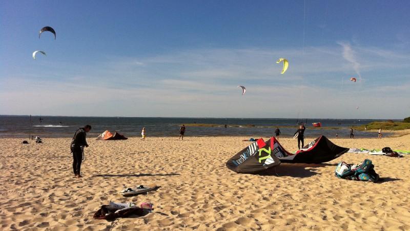 Wind report La Hume - France (33) 2011-05-18 16:00:00
