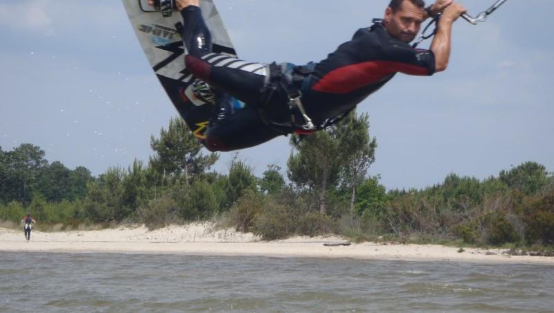 Wind report Hourtin - Lachanau - France (33) 2011-06-28 14:00:00