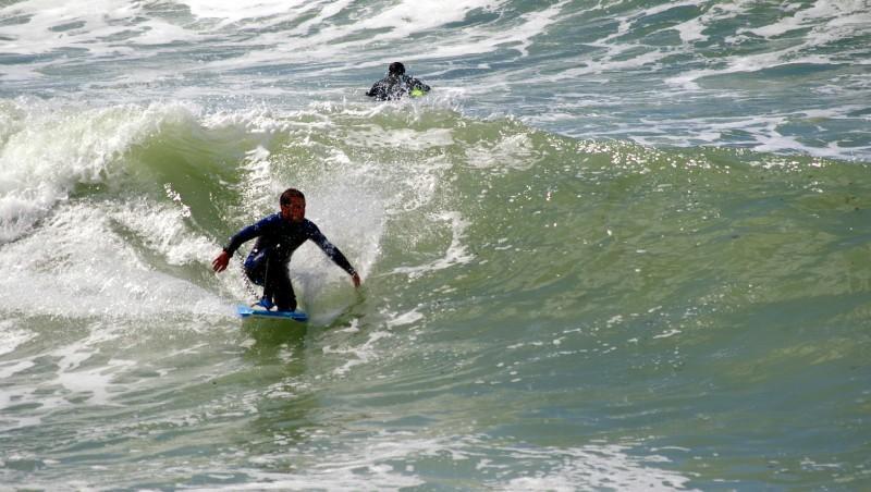 Surf report Etretat - France (76) 2011-08-07 14:00:00