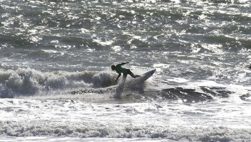 Surf report Bud Bud - France (85) 2011-09-04 15:00:00